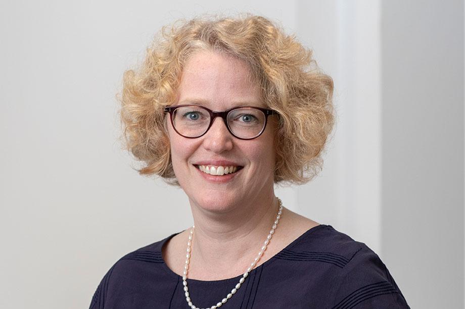 Dr. Elisabeth von Lochner