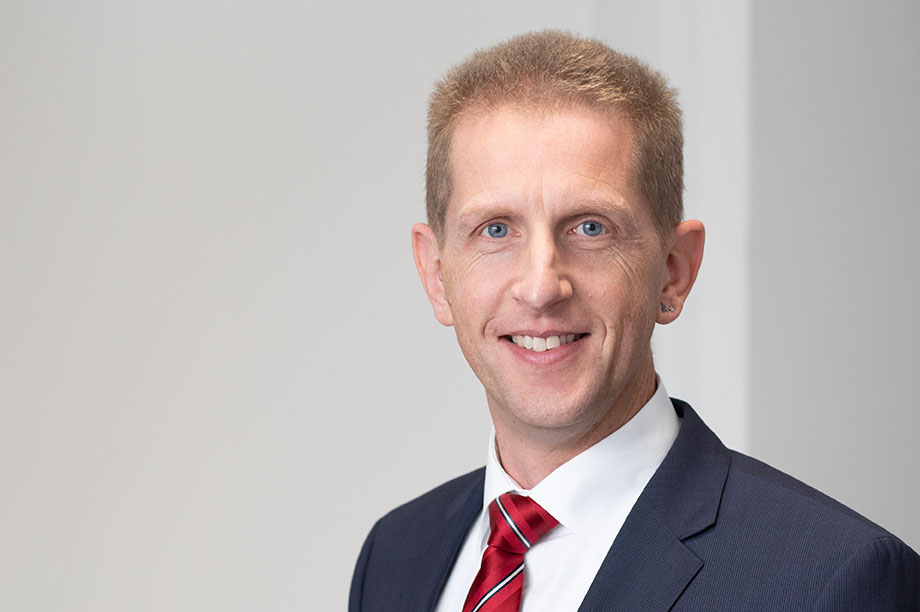 Dr. Martin Ostermann